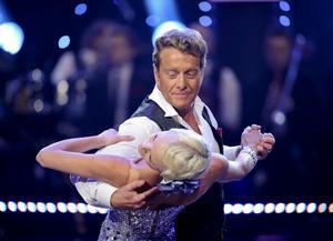 """Björn Ranelid skapar rubriker i """"Let's Dance"""" i januari.Eric Saade vinner Melodifestivalen i mars."""