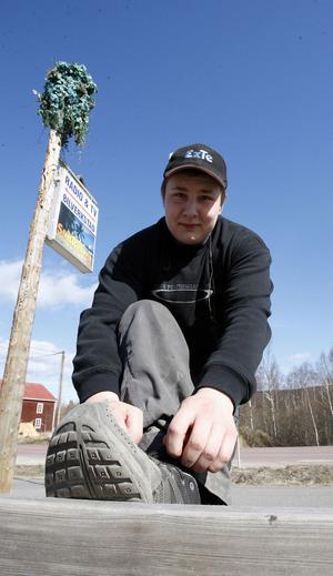 Erik Arvidsson, 20, Färila:– Bäst är nog ett par slitna gympaskor. Ingådda och nästan slutkörda. Då känner man sig hemmastadd.