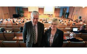 Miserabel ekonomi i landstinget, sade Gun Drugge (C) ordförande för landstingets politiskt valda revisorer som krävde anmärkning och gult kort medan Arne Pettersson (S) gick emot.FOTO: STAFFAN BJÖRKLUND