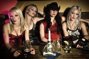 Ida Evileye, Klara Force, Mia Coldheart och Nicki Wicked.