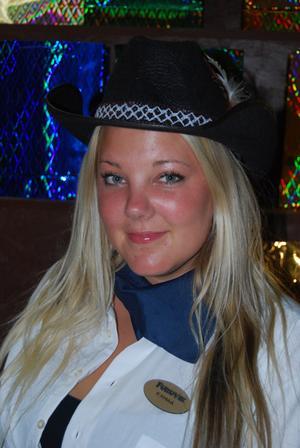 Emma Nyberg, 21, Furuvik.