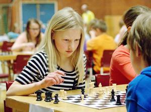 Heidi Forss bidrog starkt till Vidarskolans seger i schackfyran.