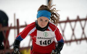 Fart och fläkt präglade Alina Nybjörks åkning.