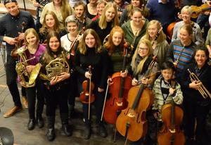 Blås- och stråkelever från Kulturskolan i Falun.