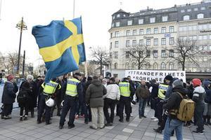Demonstration i Stockholm i lördags som samlade Svenska Motståndsrörelsen, Nordisk Ungdom, Sverigedemokrater och nyfascister runt Motpol.