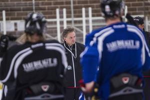 HHC-tränaren Fredrik Johansson ser fram emot allettan.