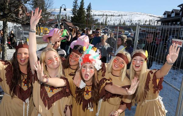 Vårforum på Skalet betyder mycket dansmusik men även en festlig afterski som ingen vill missa. Även i år var det fullt drag med många glada och utklädda människor.