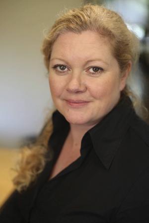 Camilla Brogren är kommunikationsansvarig för Telekområdgivarna, en organisation som ger opartisk och kostnadsfri konsumentrådgivning om abonnemang för tv och telefoni.   Foto: Daniel Jansson