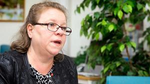 Denise Norström (S) hoppas på hjälp, vill ha enighet, men säger just nu nej till att säga upp leveransavtal.