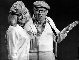 Monica Zetterlund och Povel Ramel i Hylands hörna 1966.