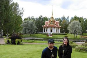 Gun-Marie Persson och Chai P. Kayankarn, vars nätverk i Thailand har öppnat många dörrar för den thailändska verksamheten i Gun-Maries företag.