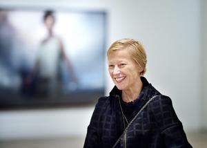 Den amerikanska fotografen Cindy Sherman är en av de som donerat konstverk.