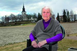 Birgit Åstrand har avlidit.