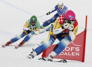 Victor Öhling Norberg, Funäsdalen SLK, tog täten i finalen. Men fick se sig besegrad av Victor Sticko, Mora, som här ligger starx bakom