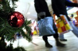 Självklart är det tanken som räknas, men det gör det inte mindre roligt att shoppa julklappar.Foto: Scanpix