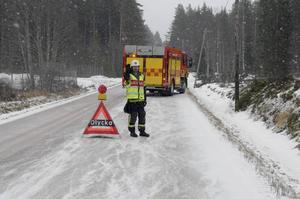 Personalen på räddningstjänsten upplever med skräck hur hänsynen vid olyckor har minskat.