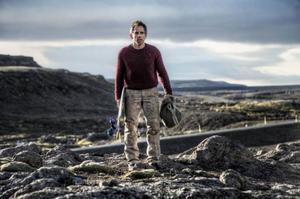 Walter Mitty (Ben Stiller) lever mest i fantasin men tvingas ge sig ut på jakt efter ett försvunnet fotonegativ. Det tar honom bland annat till ett äventyrligt Island. Foto: 20th century fox