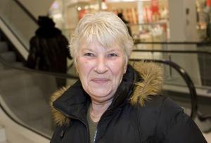 Gerd Karlsson, 61, lokalvårdare, Gävle:– Nej, inte vet jag. Min man kör motorcykel, men det tycker jag inte.