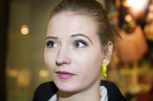 Madelene Sundström, Arnäsvall:– Jag vet inte. Jag gör inget speciellt.