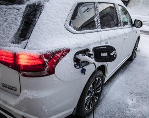 Nya förslaget på bilskatt ska gynna elbilar i storstäderna. Återigen straffas vi som bor utanför 08.