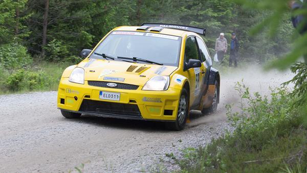 Mikael Palmqvist kom till start i sin nya Ford Fiesta. Tyvärr tvingades han bryta redan efter den första sträckan.