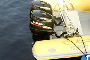Motorerna lockar tjuven mer än själva båten. Foto: Morten Holm/Scanpix