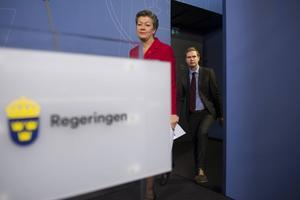Störst går först. Beslutet att utse Ylva Johansson (S) till integrationskansler kringskär MP:s inflytande i regeringen.