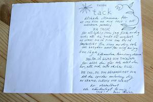 I huset finns många minnen, ett av dem är det här brevet, skrivet av dottern Felicia Feldt för 18 år sedan.