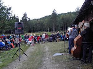 Runt 200 personer kom till familjedagen i Digerliden.