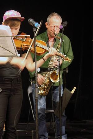 Sten Källman på saxofon.