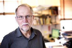 Efter 35 år på Länstidningen, varav tio som chefredaktör, väljer Lennart Mattsson att lämna sitt uppdrag. Han ersätts av Viktoria Winberg.