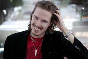 Patrik Andersson var med i SVT:s Kärlekskoden i våras. Nu är han aktuell med nya tv-program.