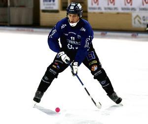 Markus Kumpuoja spelade fram till fyra mål när Sirius slog Hammarby borta.