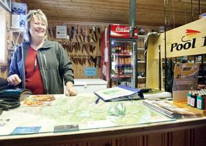 Arkivbild: Inger Långström driver Fjällcampen i Stora Blåsjön. Det var hos henne många av protestlistorna låg framme om den usla internettäckningen.