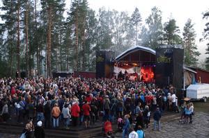 Folk- och världsmusikfestivalen Urkult i augustiskrud för några år sedan.
