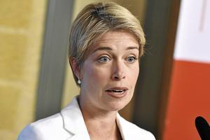 Socialförsäkringsminister Annika Strandhäll som ansvarar för sjukpenningen bland annat.