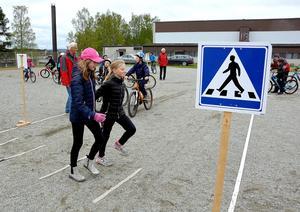 Eleverna fick även agera statister i en fiktiv gatumiljö.