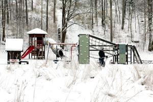 Nu finns drygt en miljon för att förbättra och utveckla lekplatserna i Lindesbergs kommun.