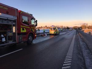 Räddningstjänst och ambulans på plats.