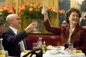 En feelgood-film med mat på bordet. Meryl Streep och Stanley Tucci visar ett udda kärlekspar i medelåldern.