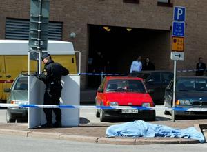 Offret avrättades på öppen gata i Stockholm 2003.