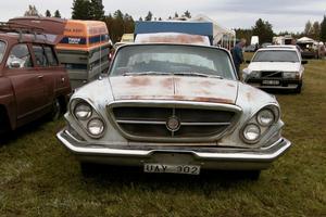 En av alla sköna bilar på veteranmarknaden i Lobonäs detta år.