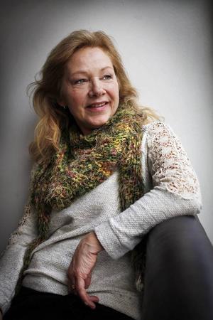 Innan skådespelerskan Marie Delleskog flyttade från Östersund hade hon dansklasser som togs över av dansläraren Wendla Karlsson.