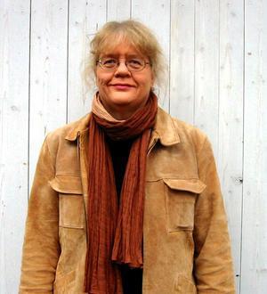 Hoppas brottet klaras upp. Madeleine Ingmarstedt som är kyrkoherde i Avesta församling berättar att man pratar om mordet och hur folk i Avesta reagerar så längde det är olöst. Foto:Arkivbild