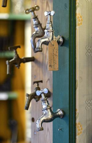 En bortriven vattenkran - en typiskt detalj som nog ingen trodde skulle komma till heders igen.