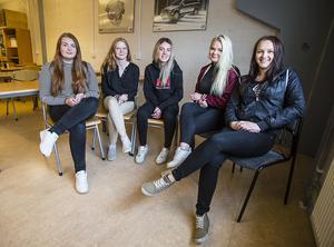 Från vänster: Jonna Rodin, Storlien, Maja Svensson, Saxvallen, Johanna Olofsson, Marieby, Evelina Persson, Åsarna och Maja Johansson, Skogen.