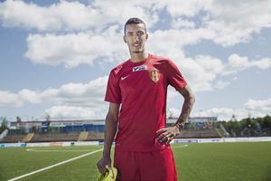Anfallaren Aziz har ett antal klubbar bakom sig. Nu tillhör han GIF Sundsvall kommande säsong.