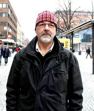 Nils Åkesson, 65, pensionär, Sandviken:– Sällan, var tredje månad kanske. Ja, jag har en liten miljökämpe inom mig.