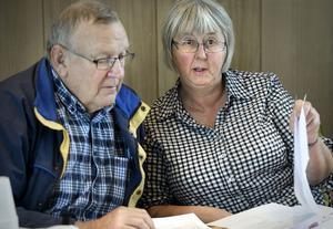 Ove Hamrén och Margaretha Ingeroth framförde Rengsjöbornas kritik till socialnämnden. Men frågan är om de kommer att få något gehör eftersom beslutet redan är taget.