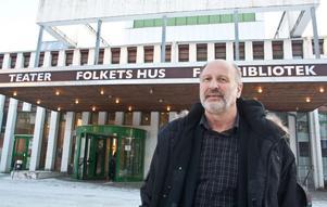 Håkan Bengtsson var med och vände skutan.– Det är roligt att gå till jobbet varje dag, säger chefen för Folkets hus i Sandviken.